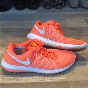 3c975039d6a5 Women s Nike Flex Experience 2 Running Shoes on Poshmark